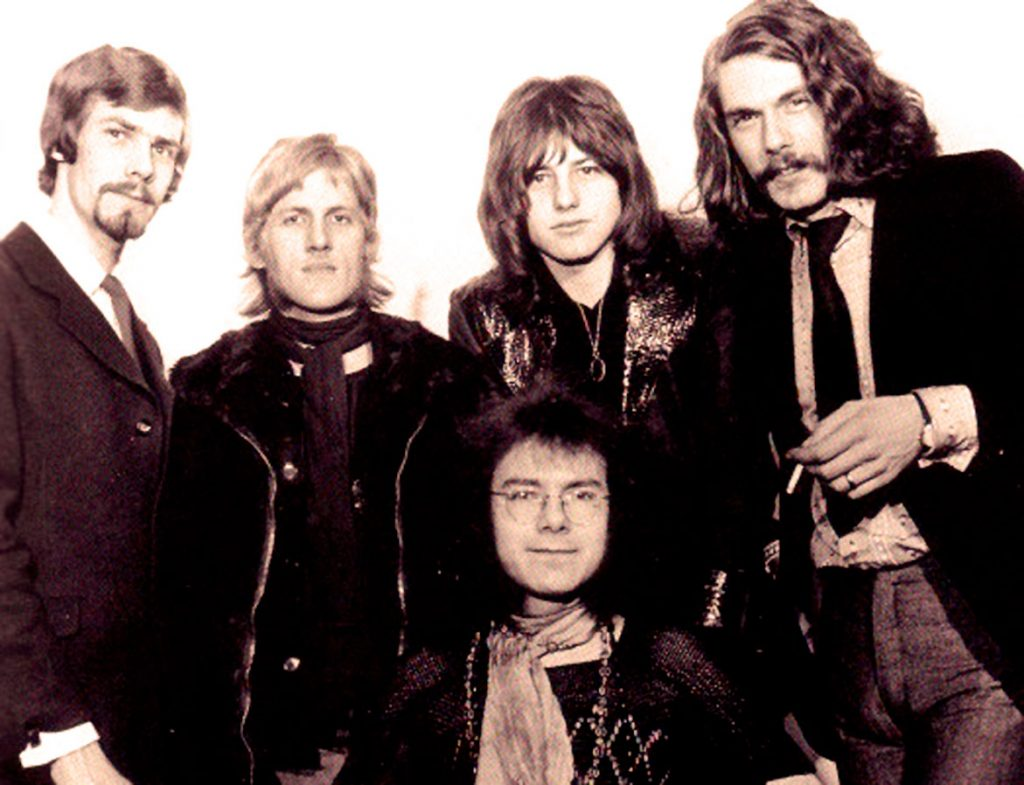 Love Letters And Hot Dates… The Curious History Of King Crimson's Live Albums.